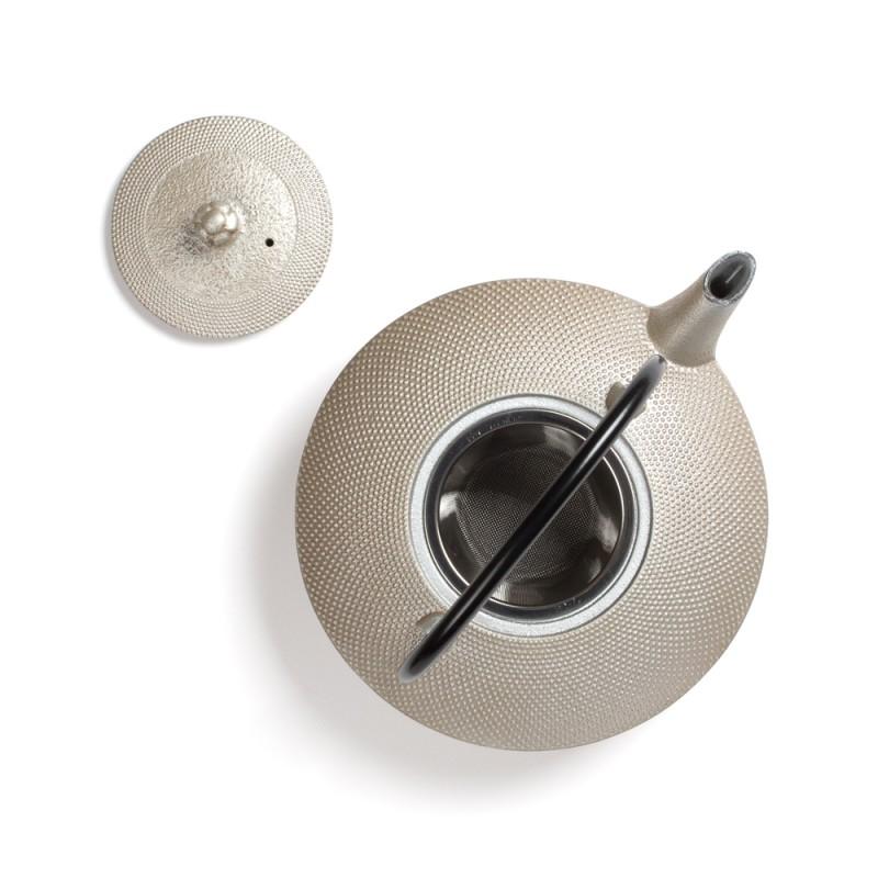 Japonski litoželezni čajnik MAYUMI, srebrn, 0,85 l